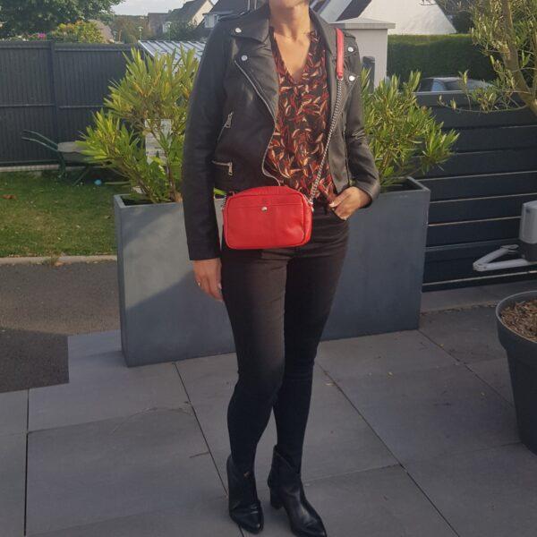 Blouse noir, manches ¾, motifs feuille orange et rouge